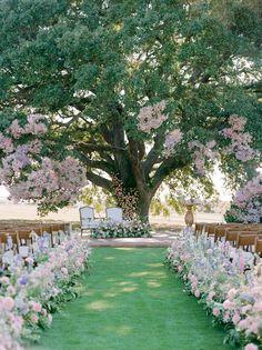 Wedding Reception Music, Church Wedding Ceremony, Indoor Wedding Ceremonies, Intimate Wedding Ceremony, Wedding Spot, Wedding Stage, Outdoor Weddings, Garden Weddings, Country Weddings