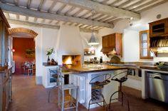 VILLA PIPISTRELLI - LUXURY VILLA - TUSCANY - SIENA - MONTESTIGLIANO ESTATE#tuscany #siena #villaintuscany #montestigliano #destinationweddingintuscany.