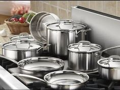 There are many cookware sets available, including options from top brands like Cuisinart, T-fal and All-Clad. Here's how to choose the best cookware set for your needs. Cast Iron Pot, Cast Iron Cookware, Cookware Set, Kitchen Gadgets, Kitchen Appliances, Copper Pots, Pan Set, Made In France, Fun Cooking
