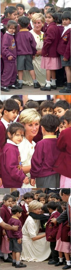 June 6, 1997: Diana, Princess of Wales visits The Shri Swaminarayan Mandir Mission in Neasden, London.