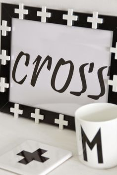 Cross around the blog DIY mit Fliesenkreuzen