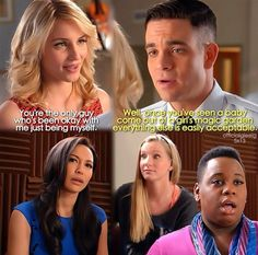 Quinn and Puck OMG just by the look on Britney's face you culd tell this was so funny 😂😂❤ Glee Memes, Glee Quotes, Tv Quotes, Movie Quotes, Glee Puck, Quinn Fabray, Glee Club, Dianna Agron, Chris Colfer