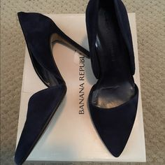 🆕 LISTING! Banana Tepublic Navy Suede Adelia heel Worn two times. Suede is in Perfect condition.  Size 6.5 but fit a 7.  I'm a true 7 and they 7s were waaaay too big. Beautiful show. Only selling bc my foot is still broken and I can't wear heels. Sad to see these go. Comes with box (stored in box) Banana Republic Shoes Heels