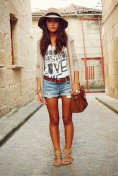 T shirt and shorts tucked in with cardigan (by Alexandra Per) http://lookbook.nu/look/1128779-too-hat