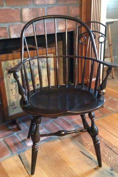 Country Furniture, Antique Furniture, Colonial Chair, Chinoiserie, Primitive Dining Rooms, Architecture Tattoo, Buy Chair, Accent Furniture, Furniture Design