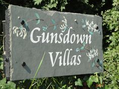 Does what it says in the picture! The sign for Gunsdown Villas