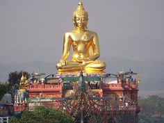 The Golden Triangle - Thailand, Myanmar and Laos, on the Mekong