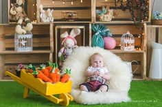 Make this Easter & Spring memorable by clicking the best Easter Photos with your kids. Check out best Easter Photoshoot ideas for Babies, Toddlers and kids. Easter Pictures, Cute Baby Pictures, Baby Shots, Kids Photography Boys, Easter Story, Baby Girl Photos, Decoration, Photoshoot Ideas, Carol Costa