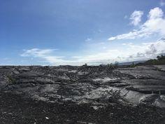 °Die Natur findet ganz langsam den Weg zurück durch die Lava ... °Nature slowly finds its way back through the lava ... Big Island Hawaii, Strand, Lava, Mount Everest, Mountains, Nature, Travel, Small Restaurants, Car Rental