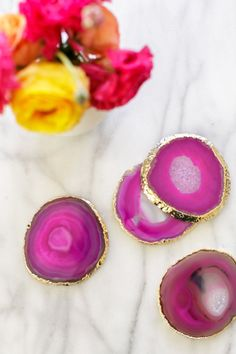 Pink and gold agate gilded coaster set - we're in love! | Geode Wedding Decor | Tabletop Idea | Reception Decor | Lulu & Georgia