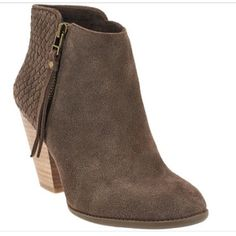 Sole Society Zada booties size 7.5 Great condition. Worn only once. Beautiful dark taupe coffee color. Sole Society Shoes Ankle Boots & Booties