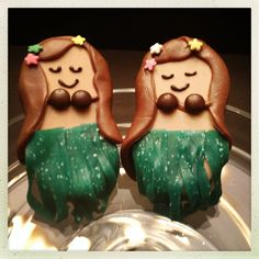 "Previous pinner: ""Fun Chocolate Covered Nutter Butter Hula Ladies! All edible www.takesthecakeil.com "" -- SH: The original pinner is the creator, but I can no longer find these lovely dancers at her ""Takes the Cake"" site, so inspiration only."