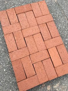 How to build a patio or walkway with no-cut paver patterns Brick Paver Patio, Brick Pathway, Paver Walkway, Brick Garden, Garden Paths, Red Brick Pavers, Stone Walkway, Paving Stones, Garden Beds