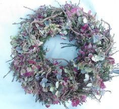 wreath Tie the autumn wreathTie autumn door wreath Tie the autumn wreath ANNUALS Growing Petunias How To Care For And Keep Petunias Blooming How to grow Night Sky Petu. Easy Fall Wreaths, Summer Door Wreaths, Diy Fall Wreath, Hydrangea Wreath, Floral Wreath, Night Sky Petunia, Fall Planters, Deco Floral, Container Flowers