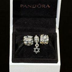 Festival Of Lights Gift Set, $140.00 Pandora MOA - (http://www.pandoramoa.com/festival-of-lights-gift-set/)