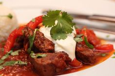 Currygryte Frisk, Garam Masala, Beef Recipes, Steak, Cooking, Food, Cilantro, Red Peppers, Meal