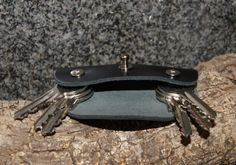 Cuero a llaveros llaves regulares tiene 1-6 por OliveWoodJewellery