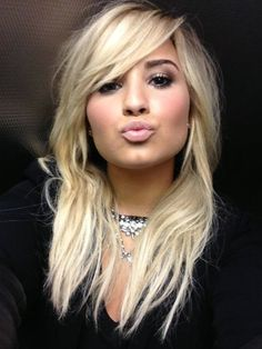 Wow! Demi Lovato zonder make-up - Girlscene