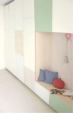 Storage space, a hidden guest bed & a cosy reading corner | Jäll & Tofta