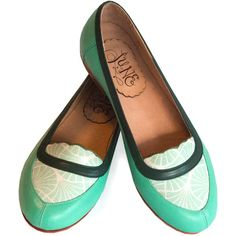 Mocasín Mint - Leather flat shoes in aqua green - Handmade mocasin - ($225) ❤ liked on Polyvore featuring shoes, flats, leather sole flats, aqua flats, mint flats, moccasin flats and leather moccasins
