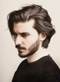 Neck Length Layered Hair hair styles for men Handsome And Cool – The Latest Men's Hairstyles for 2019 Latest Men Hairstyles, Easy Hairstyles For Medium Hair, Medium Hair Cuts, Long Hair Cuts, Straight Hairstyles, Long Hair For Men, Short Hairstyles, Mens Medium Length Hairstyles, Medium Length Hair Men