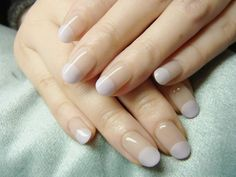 love these neutral moon like manis!