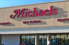 67 Thoughts You Have While Walking Through Michaels