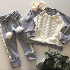 Toddler Girl Style, Toddler Fashion, Kids Fashion, Cute Baby Girl Outfits, Little Girl Dresses, Kids Girls, Baby Kids, Outfits Niños, Baby Koala