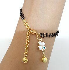 Latest Trending Mangalsutra Designs for Wedding Season Gold Jewelry Simple, Stylish Jewelry, Gold Jewellery, Jewlery, Fashion Bracelets, Fashion Jewelry, Women's Fashion, Mangalsutra Bracelet, Gold Mangalsutra Designs