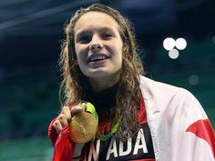 Penny Oleksiak wins Canada's first gold medal in Rio, cementing her star in Olympic history Olympic Medals, Olympic Games, Simone Manuel, Flags Of The World, Rio 2016, 16 Year Old, Summer Olympics, Funny Pictures