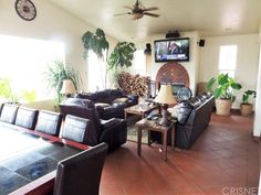 @kwpacificplaya One Master is set away from the main living area and has it's own Living Room, Bonus Rooms, Laundry Room, & Kitchen.