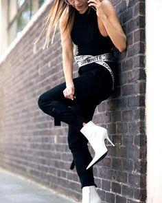 Maria Hatzistefanis - Mrs Rodial - Street Style - Balenciaga Boots - Fashion - Off White Casual Winter Outfits, Chic Outfits, Fashion Outfits, Fashion Boots, Fall Outfits, Older Women Fashion, Womens Fashion, Balenciaga Boots, Booties Outfit