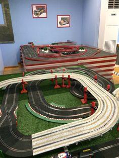 Pistas de #Scalextric para niños en Motorland Jerez