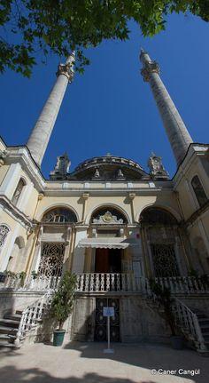 Ortaköy Camii Girişi – Caner Cangül Fotoğrafları