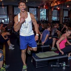 There's No Such Thing as Long, Lean Muscles, Says Celebrity Trainer Noah Neiman - theFashionSpot