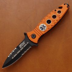 The most tactical and extreme folding knife comes to you from MTech which is a perfect knife for all survival situations for every survivalist. Liner lock. Also available with black scales. The stainless steel pocket clip makes it easy to handle and carry.