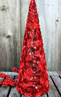 Red 2014 Christmas quilling tree paper art for home decor - Christmas red berry #2014 #Christmas