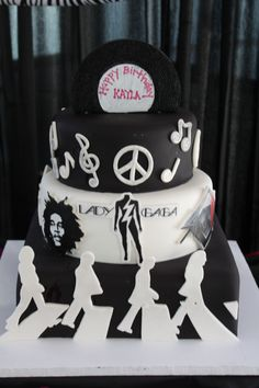 1000+ images about Cakes on Pinterest Music cakes, Music ...