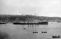 1902. Crucero O'Higgins Buque en la bahía de Valparaíso.