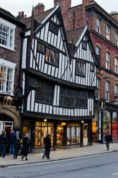 Tudor building, York, York is a historic walled city at the confluence of the Rivers Ouse and Foss in North Yorkshire, York England, London England, York Uk, Yorkshire England, North Yorkshire, Estilo Tudor, Zombicide Black Plague, York Minster, Tudor House