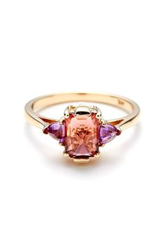 33 Quirky Engagement Rings For Alt Brides #refinery29  http://www.refinery29.com/61572#slide1
