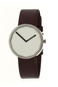 Men's Twelve Watch White/Brown. The influential Japanese industrial designer Naoto Fukasawa is the mastermind behind Issey Miyake's Twelve timepiece. Cool Watches, Watches For Men, Simple Watches, Casual Watches, Wrist Watches, Tech Accessories, Fashion Accessories, Issey Miyake Men, Design Minimalista
