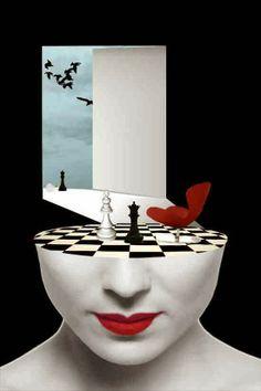 Aşk bir satranç oyunudur Sen Şah diye seversin karşında seninle zevkle oynayıp Mat eder