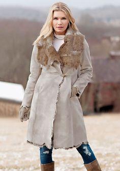 Stone Grey Faux Fur - Donna Salyers' Fabulous Furs #fauxfur #FabulousFurs #DonnaSalyers #crueltyfree #fallfashion #winterfashion #ifakeit #fakefur #furcoat #furjacket #faux #white #donnaspicks #winter2016