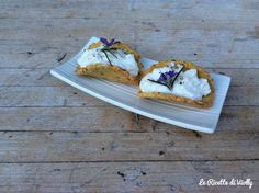Cracker Salati al Rosmarino  http://lericettediviolly.blogspot.it/2015/03/cracker-salati-al-rosmarino.html