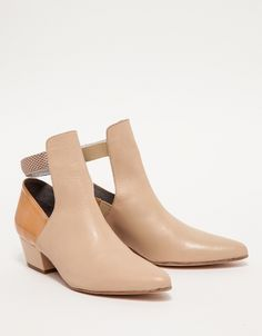 Charlot Ankle Boots