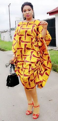 Clothing ideas on latest african fashion look 962 African Dresses For Women, African Print Dresses, African Print Fashion, African Attire, African Fashion Dresses, African Wear, African Women, Ethnic Fashion, Fashion Outfits