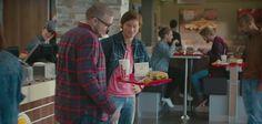 Le 21 octobre 2015 est connu pour les fans de Retour Vers le Futur. Il s'agit de la fameuse journée durant laquelle Marty McFly débarque dans le futur, dans le second volet de la saga cinématographique. En France, à cetet occasion, Burger King et l'agence Buzzman ont imaginé l'Hovertray, le premier plateau volant qui a pour objectif d'améliorer l'expérience client des consommateurs.