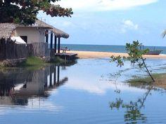 Praia Guajiru, em Trairi, Ceará, Brasil