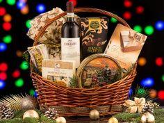 Cos Cadou Craciun CD28 Truffles, Whiskey Bottle, Picnic, Basket, Halloween, Cos, Truffle, Picnics, Spooky Halloween